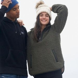 NWT ABERCROMBIE SHERPA PULLOVER